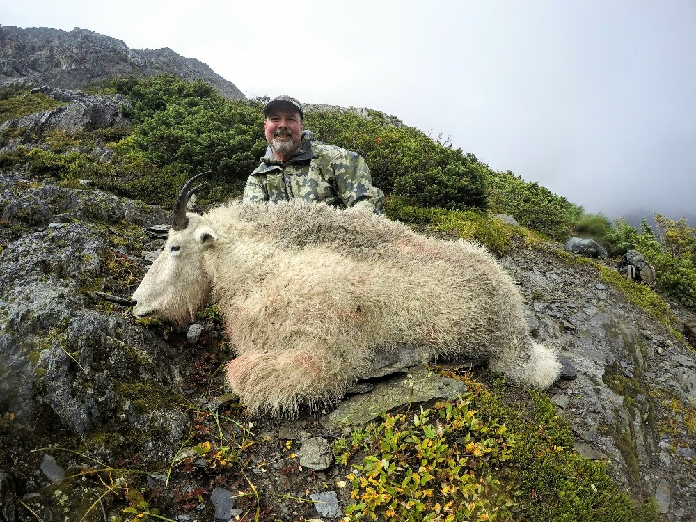 2 Hunters... 2 Days...  2 Giant Color Phase BC Bears